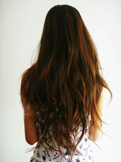 过腰长发怎么扎丸子头 超长发丸子头扎法图解