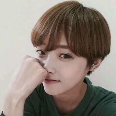 发型脸型 长脸 >> 长脸女学生适合的短发发型 长脸短发女生学生发型(4