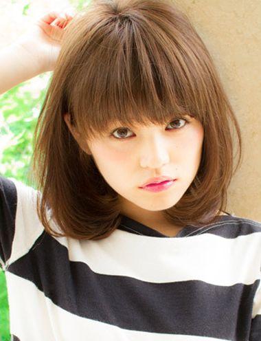 长脸女学生适合梳什么样的头发 学生长脸齐耳短发发型图片
