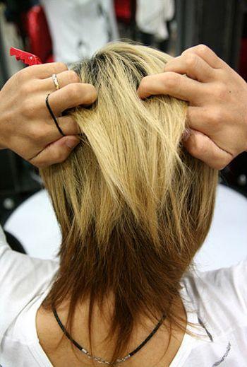 马尾辫,想要独特有气质 马尾发型就来看看这款男生 扎头发的方法步骤图片