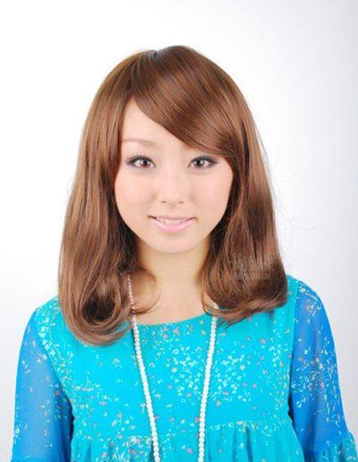 斜刘海梨花头 斜刘海的梨花头发型图片