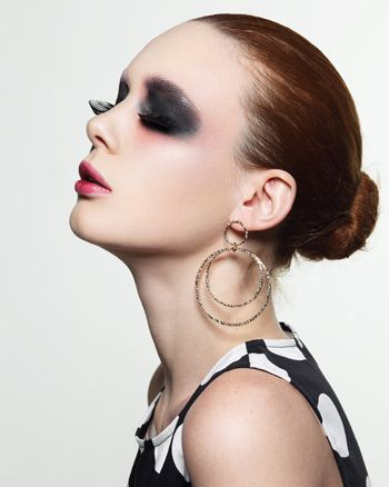 流行美最新盘发发型 简单大方的盘发发型(3)图片