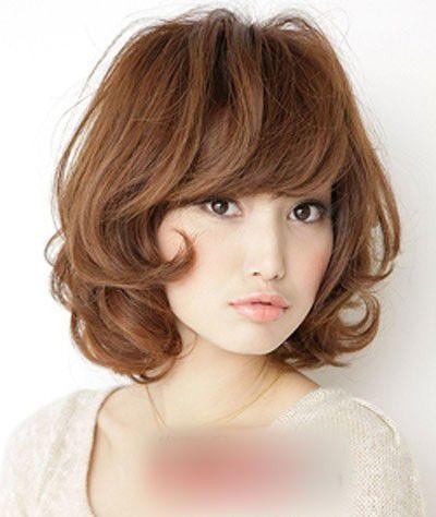 中年妇女短发烫发型_中年妇女烫发的发型 中年人最新的流行烫发发型图片(4)_发型师姐