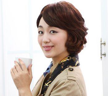 中年短头发怎么打理好看 便于打理的短发图片_发型师姐