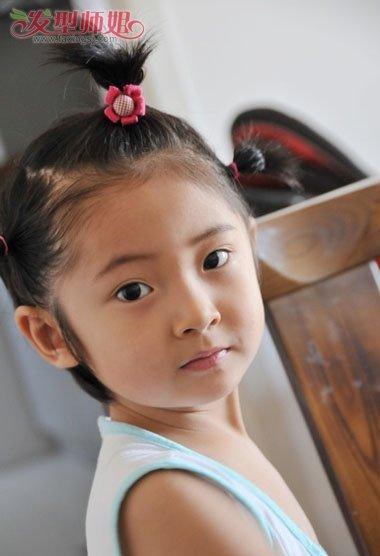 小孩短发盘发发型图片