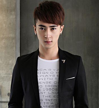 2015男生刘海发型图片