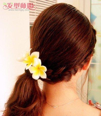 学生编发侧扎马尾辫发型,偏分之后沿着发际线编的漂亮 麻花辫,给马尾图片