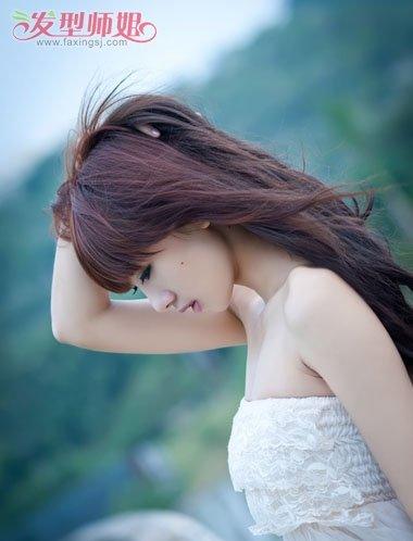 女士脸长额头窄怎样打理头发 长脸型女人的头型如何打理