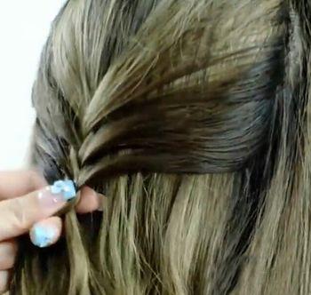 中年妇女长发盘发示范 中年女性盘发发型图片图片