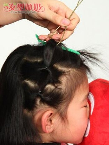 小孩子头发扎法 步骤图片