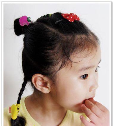 发型设计 儿童发型 >> 流行的学生头发把刘海梳起来那种头发 小女学生图片