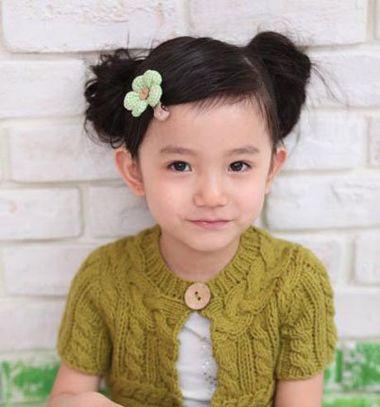 小朋友圆脸扎什么发型 小孩圆脸扎发发型图片(3)图片
