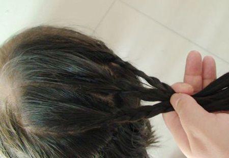 发型设计 儿童发型 >> 圆脸小孩怎么扎头发好看图片 圆脸小孩扎什么样图片