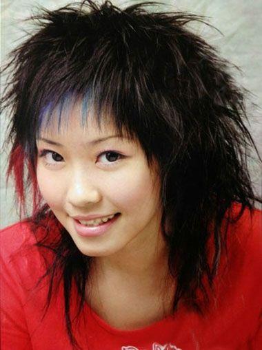 发型设计 卷发 >> 女士短发全头烫发发型 女生烟花烫短发造型图片(4)图片