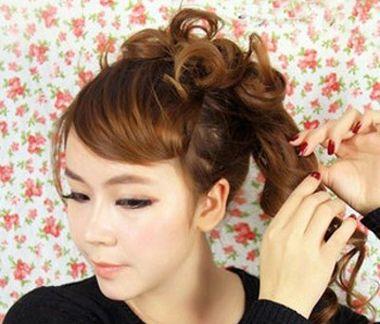 额头大的女生怎么扎头发 大额头女生怎样扎头发(10)图片