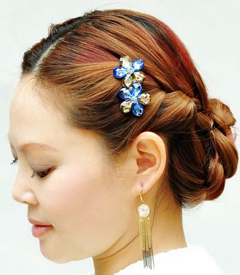 中年人盘头发型步骤 中年妇女盘发型教程(5)图片