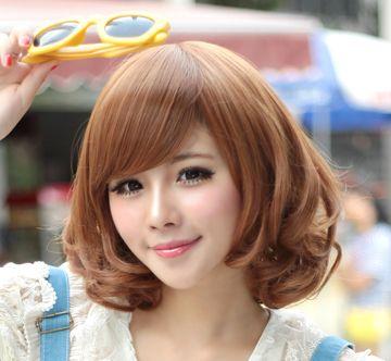 好看的短发发型女生斜刘海那种图片 女生时尚短发斜刘海发高清图片