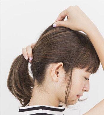 适合圆脸女生的发型扎发步骤