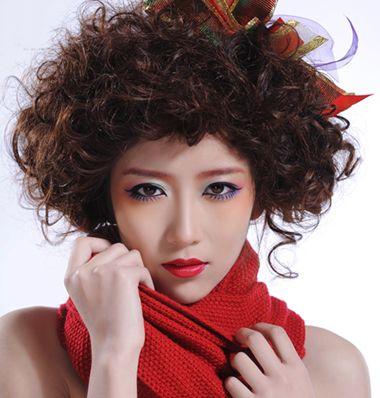 短发螺旋烫发发型_满头烫发短发型图片 短发小卷烫发发型_发型师姐