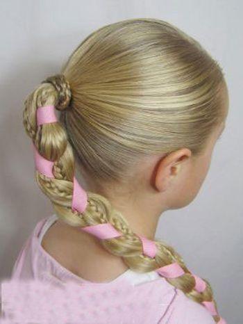 发型设计 儿童发型 >> 给小孩编头发的步骤及图片 小孩怎么编好看的