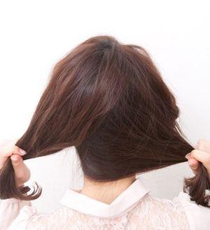 好看的盘发步骤 齐刘海+头发少盘发发型
