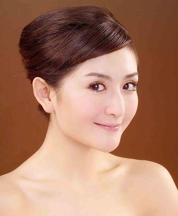 主持人长发盘发发型 最新中长发盘发发型(4)图片