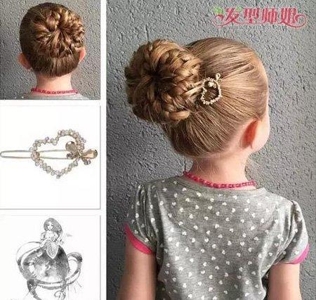 发顶上的头发扎成一个小发髻,带着编发的发髻像是真的开出了花.