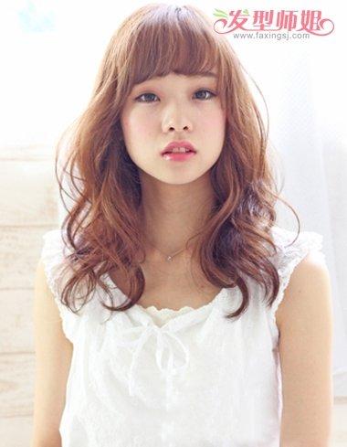 长脸头发少发型设计  烫出了空气感的刘海