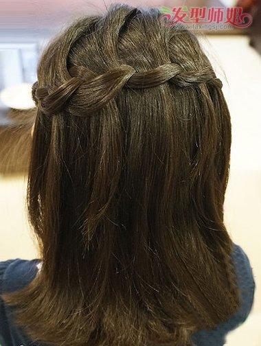 小女孩短发编发发型 教你编小孩发型 发型师姐图片