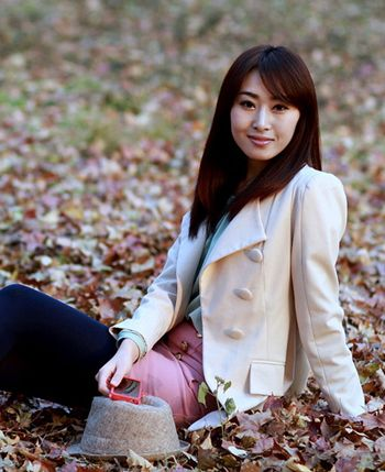 齐刘海齐发尾长直发内扣发型 女士刘海发型图片(4)图片
