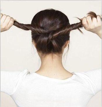 女生职业盘发发型扎法 中年职业妇女盘发发型图片