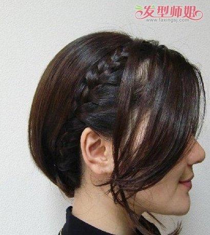 如何自己编蜈蚣辫图解 短发蜈蚣辫的编法_发型师姐图片