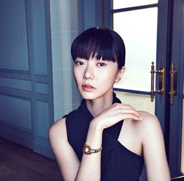 齐刘海马尾辫发型 2016流行的齐刘海辫子发型 发型师姐