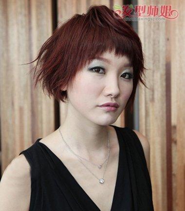 今年流行什么烫发发型中年版 2017中年女性烫发图片图片
