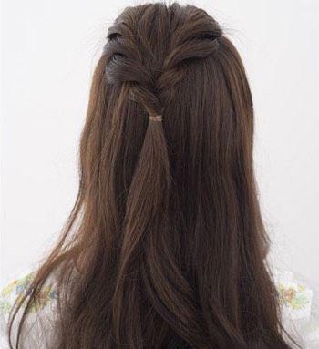 韩国长发发型简单的扎法 女生小清新半扎发型图解(3)图片