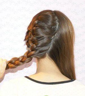 女生好看发型扎法_怎样编女士辫子发型 女生编制美丽发型流程_发型师姐