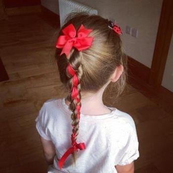 小女孩头发的编法图片(2)
