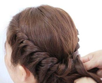 怎样盘气质发型 简约盘发发型图片步骤(3)图片