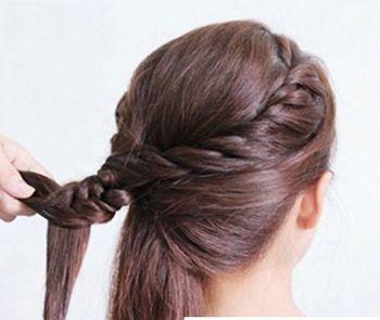 怎样盘气质发型 简约盘发发型图片步骤(4)图片