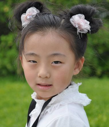 韩式儿童简单盘发发型 6岁儿童盘发发型(4)图片