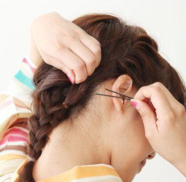 花样盘发发型步骤 长发盘发发型扎法图解详细(5)