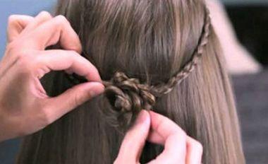小孩头发不太长怎样编打理 小孩刘海编发发型步骤(5)