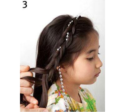 怎样编小女孩的头发 今年最流行小孩编头发(2)图片