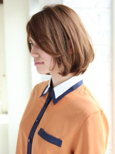 发型设计 短发 >> 哪种烫发方式适合四十岁女人 40岁女人短发烫发(2)