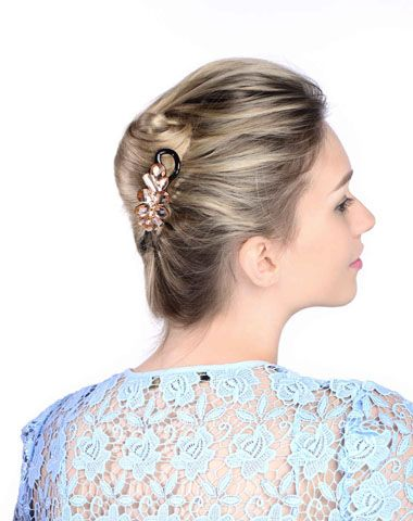 35女人发型如何盘头 中发盘发发型扎法图解(3)图片