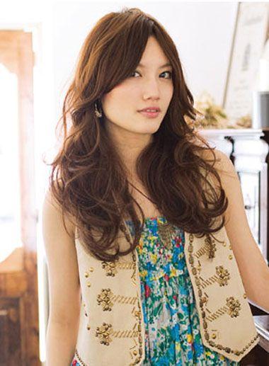 中年人烫发什么发型 中年女子烫发发型图片