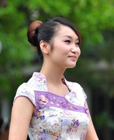 中年旗袍的编发发型图片2015
