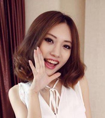 齐肩发烫发发型图片齐刘海可爱