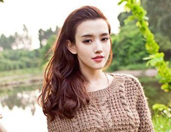 中学生有刘海烫发发型图片(3)图片