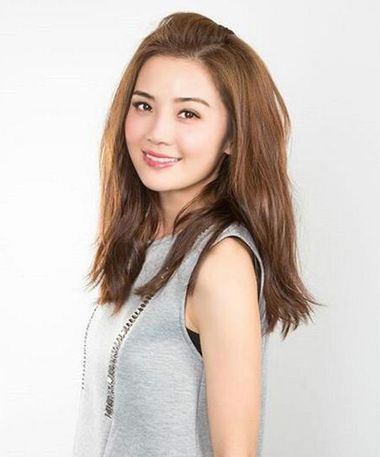 无刘海后梳中长发纹理卷发发型-什么性质的卷发是不用打理的 不用打